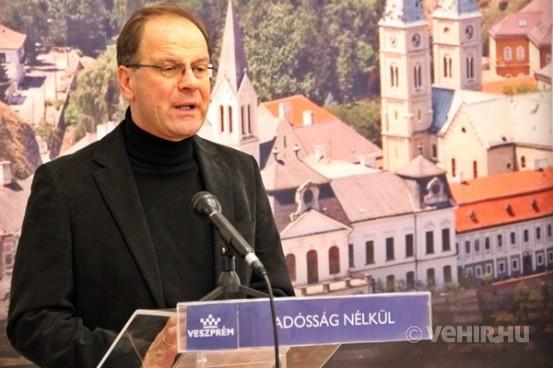 Dr. Navracsics Tibor