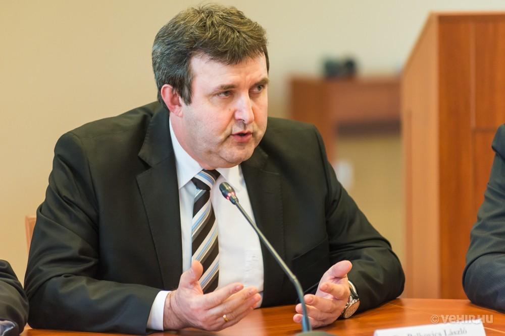 dr. Palkovics László